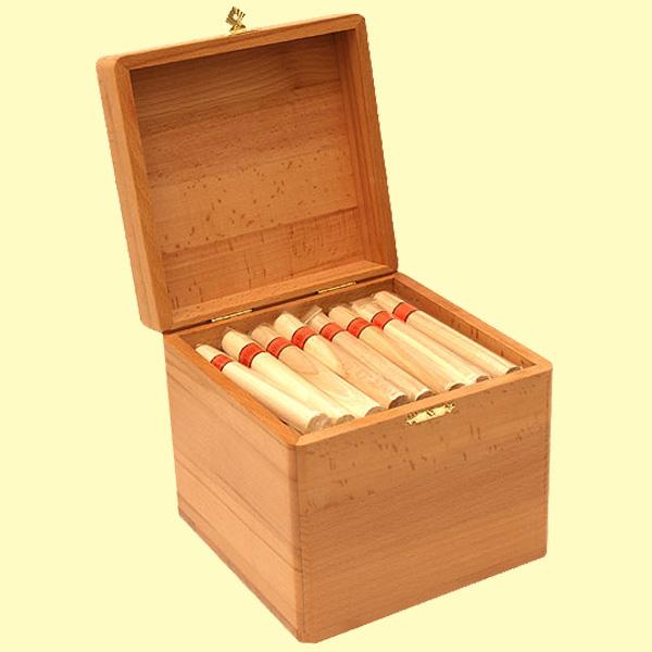 Хранить сигары в домашних условиях